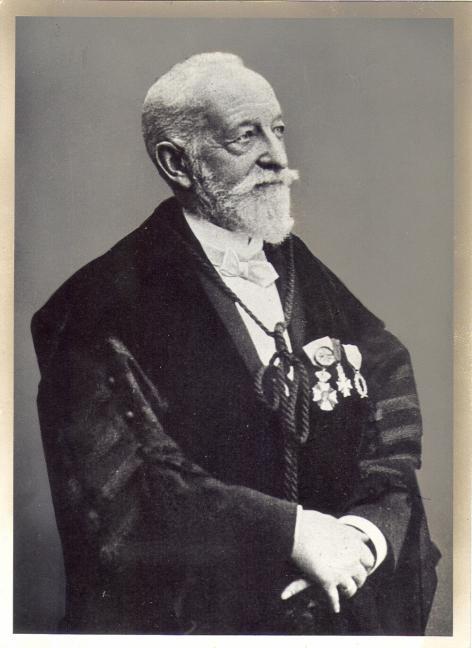 Portret van Ernest Discailles (1837-1914), hoogleraar aan de Faculteit Letteren en Wijsbegeerte te G