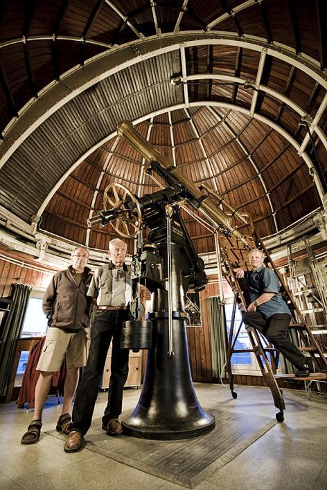De gerestaureerde telescoop van Monckhoven in Volkssterrenwacht Armand Pien (2010) (Collectie UGentMemorie, © UGent - foto Pieter Morlion).