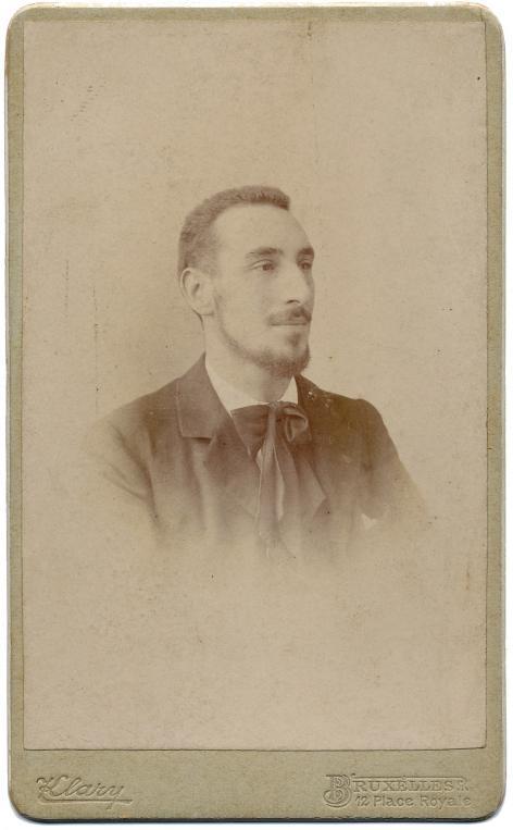 De jonge Vermeylen, omstreeks de tijd dat hij faam maakte met Van Nu en Straks (Collectie AMVC-Letterenhuis).