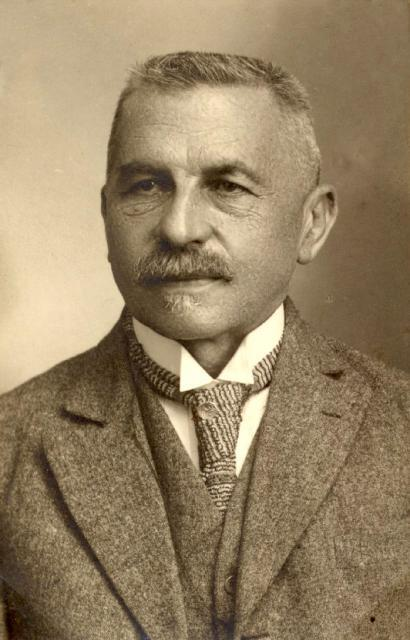 De oudheidkundige Josph Bidez (1867-1945), was na de Eerste Wereldoorlog medesti