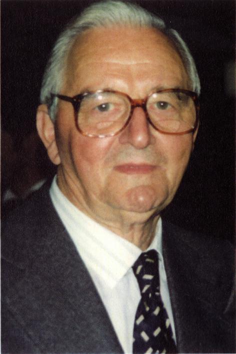 Meetkundig Julien Bilo (1914-2006) is gedurende een dertigtal jaar de spil bij d