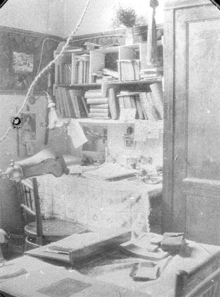 Studentenkamer anno 1920 (Collectie Universiteitsarchief Gent).