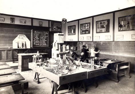 Experimenteeschool in de stadsschool in de Molenaarstraat
