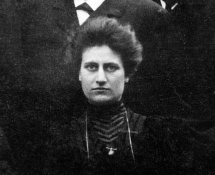 Bertha de Vriese, eerste vrouwelijke assistente, tijdens een Anatomisch Congres in Jena (Collectie Universiteitsarchief Gent).