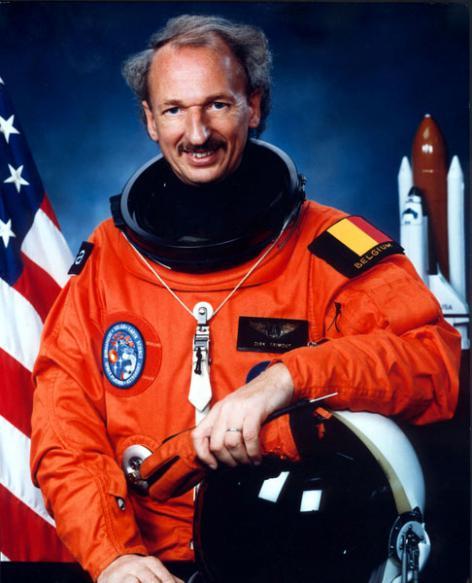 Alumnus Dirk Frimout, de eerste Belgische ruimtevaarder (Collectie Universiteitsarchief Gent - foto ESA).