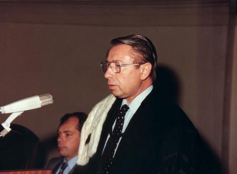 Julien Hoste, rector 1977-1981 (Collectie Universiteitsarchief Gent, © R. Masson