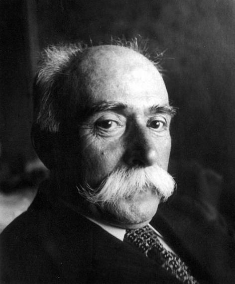 Oswald Rubbrecht, sinds 1914 titularis van de leerstoel Tandheelkunde (Collectie Universiteitsarchief Gent).