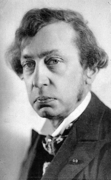 Dichter Karel Van de Woestijne, hoogleraar aan de faculteit Letteren en Wijsbegeerte (Collectie Universiteitsarchief Gent).
