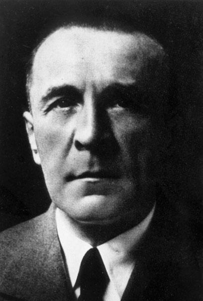 Karel Verlat, hoogleraar aan de Hogere School voor Handels- en Economische Wetenschappen, werd opgepakt omwille van anti-Duitse uitspraken tijdens zijn colleges en overleed in Duits gevangenschap (Collectie Universiteitsarchief Gent).