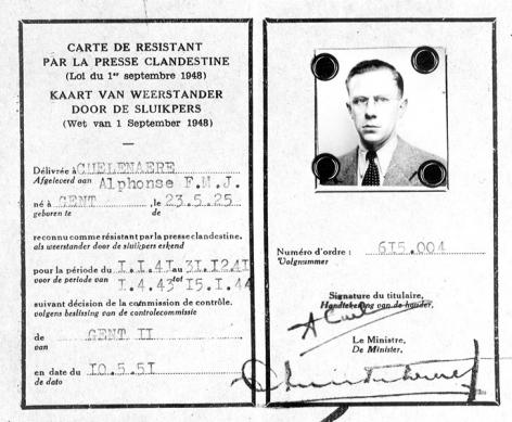 Kaart van weerstander Alphonse Cuelenaere (1925-?), assistent aan de School voor Criminologie. Hij week later uit naar Djakartha, waar hij een leerstoel criminologie oprichtte aan de politieschool (Collectie Universiteitsarchief Gent).