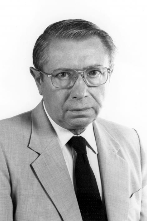 Julien Hoste, rector 1977-1981 en hoogleraar in de faculteit Wetenschappen (Coll