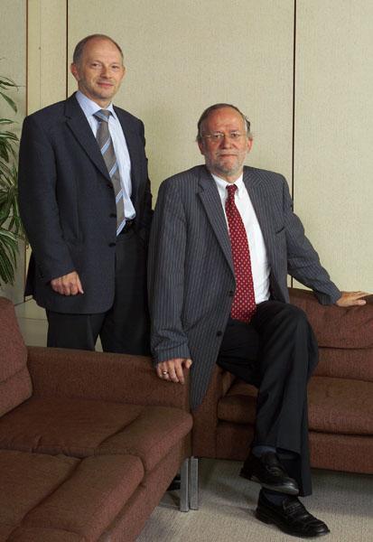 Luc Moens en Paul Van Cauwenberge, respectievelijk vicerector en rector in 2005/2006-2008/2009 en 2008/2009-2011/2012 (Collectie Universiteitsarchief Gent - ©  Miel Verhasselt - foto Miel Verhasselt).