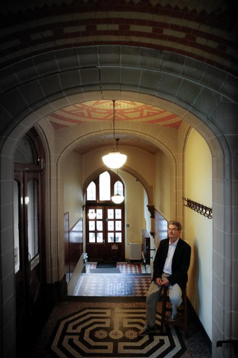 Forensisch arts professor Michel Piette in het Rommelaere Instituut naar aanleid
