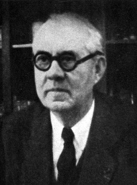 Portret van Jean-Jacques van de Velde (1897-1961), hoogleraar aan de faculteit G