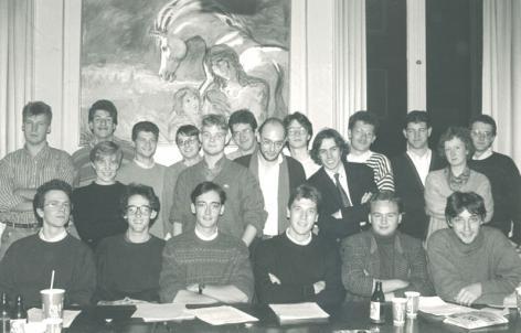 Gentse Studentenraad 1991-1992 met vertegenwoordigers van alle konventen (Collectie Universiteitsarchief Gent).
