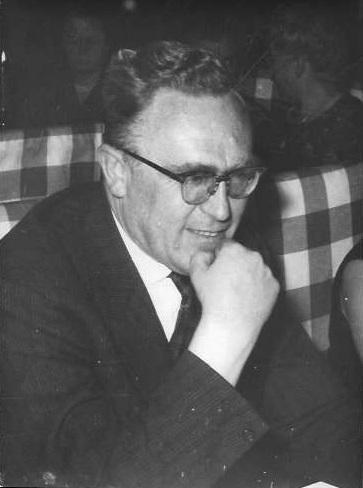 Diergeneeskundige Jean Henri Bouckaert (1910-1967) stond aan de wieg van de eerste Nederlandstalige Veeartsenijschool in België, opgericht in 1935 te Gent, en bouwde er de Kliniek voor Grote Huisdieren uit (foto privécollectie Jan Ignace Bouckaert).
