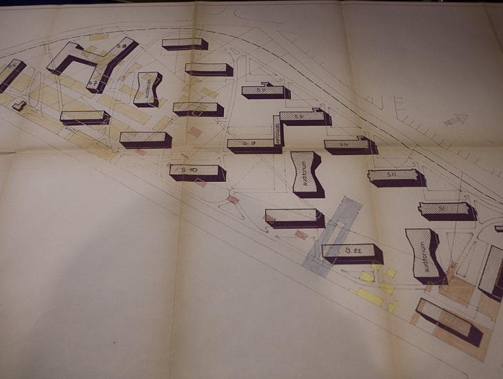 Het inplantingsplan van architect G. De Smet voor De Sterre