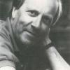 Seksuoloog Bob Carlier (1931-1990) was voorvechter van gelijkberechtiging van homo's en lesbiennes en plaatste het homohuwelijk op de agenda in een tijd dat dit allerminst evident was (foto uit Wim de Temmerman, 'In Memoriam Bob Carlier', 1991).