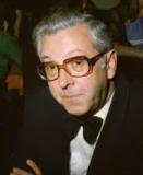 Jurist Willy Delva (1921-1980), hier eind jaren 1970, speelde een centrale rol in de ontwikkeling van de Nederlandstalige rechtswetenschap in Vlaanderen als deel van de eerste generatie volledig in het Nederlands opgeleide juristen (foto Mark Van Hoecke).