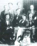 Albert Vlamynck (midden) en Alice Lefèvre (uiterst rechts), Göttingen 1920