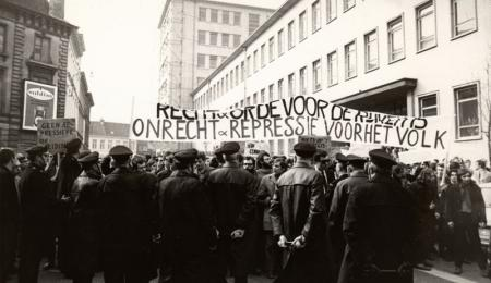 Studentenprotest in maart 1969 (Collectie Universiteitsarchief Gent - foto Renaat Willockx).